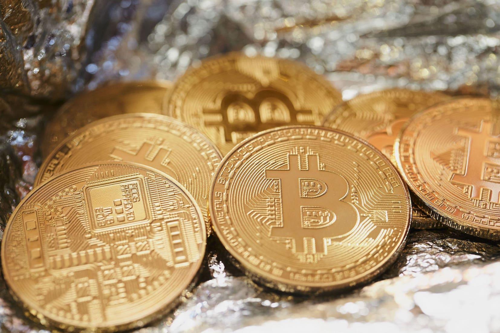 仮想通貨初心者に長期投資が向いている理由と注意点