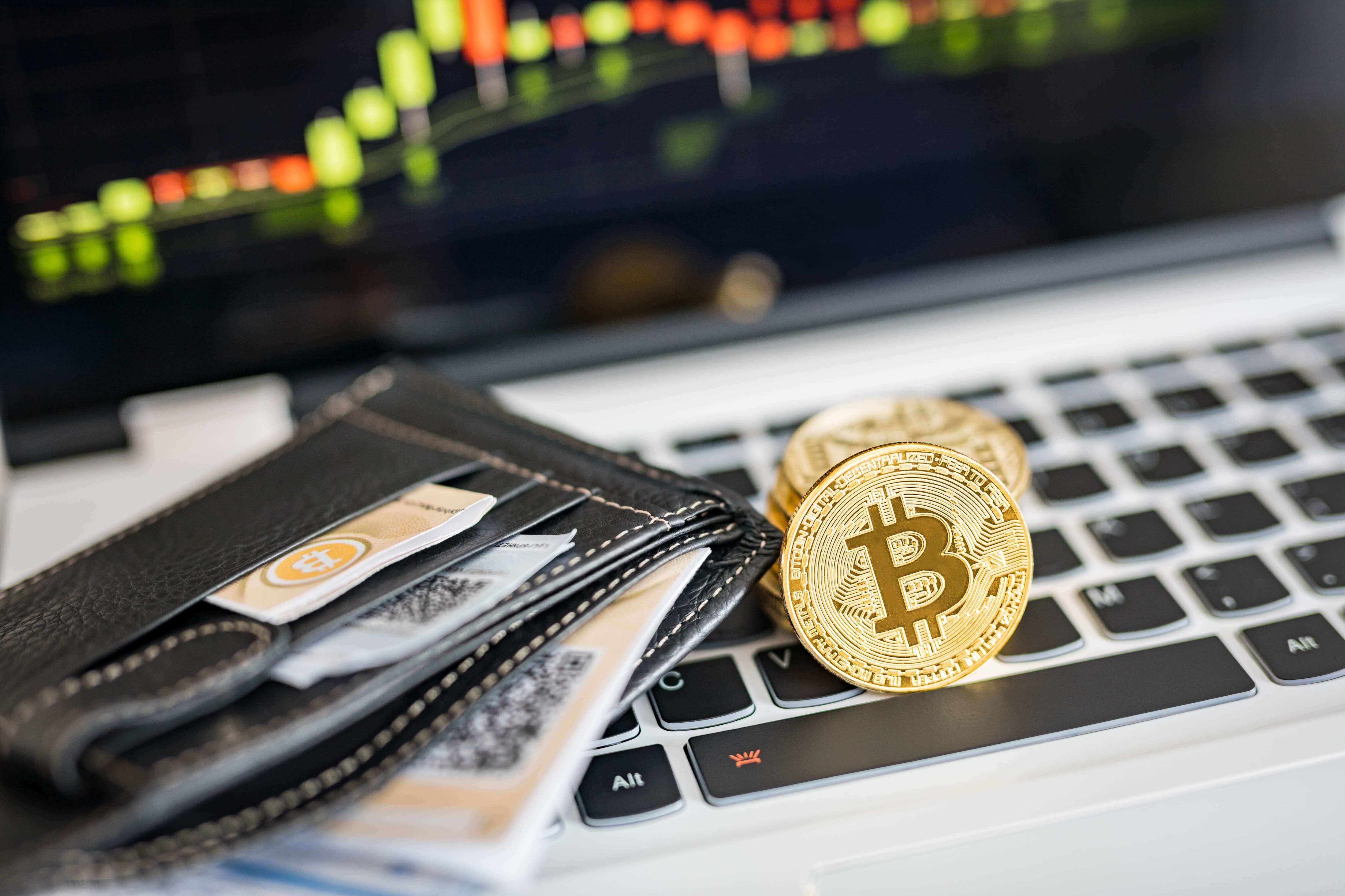 仮想通貨はギャンブルなのか?違いや投資について考えよう
