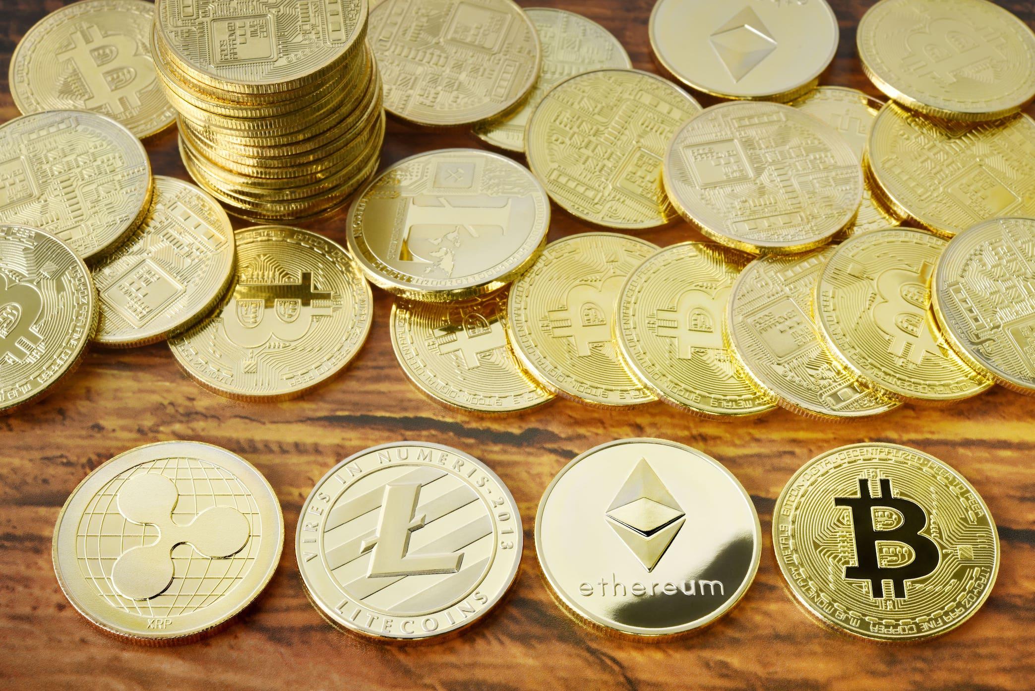 仮想通貨が便利なのはどういう時?メリット・デメリットを解説
