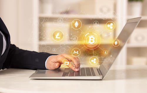 【会社員の副業にも】仮想通貨を始める前に知っておきたい基礎知識