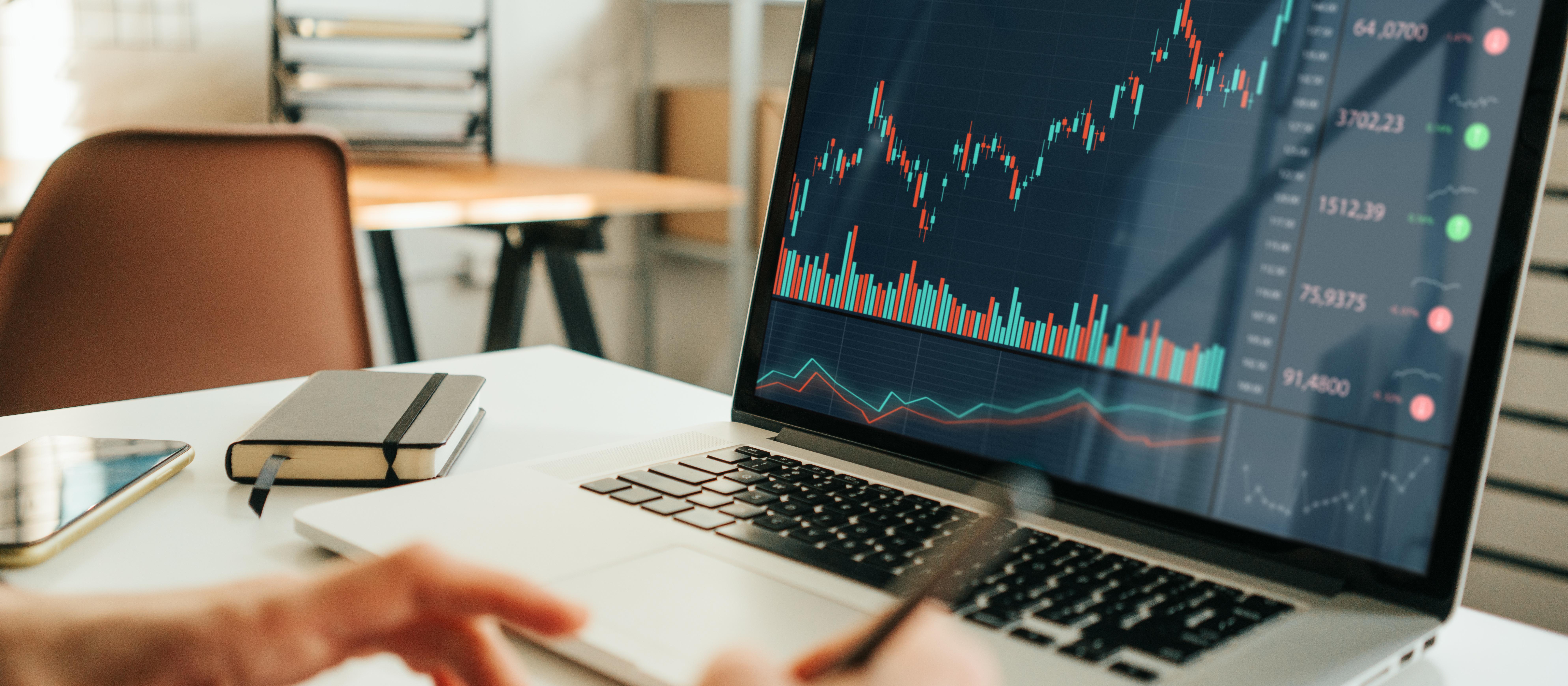 仮想通貨のチャートの見方とは?Tradeviewの使い方を初心者向けに解説