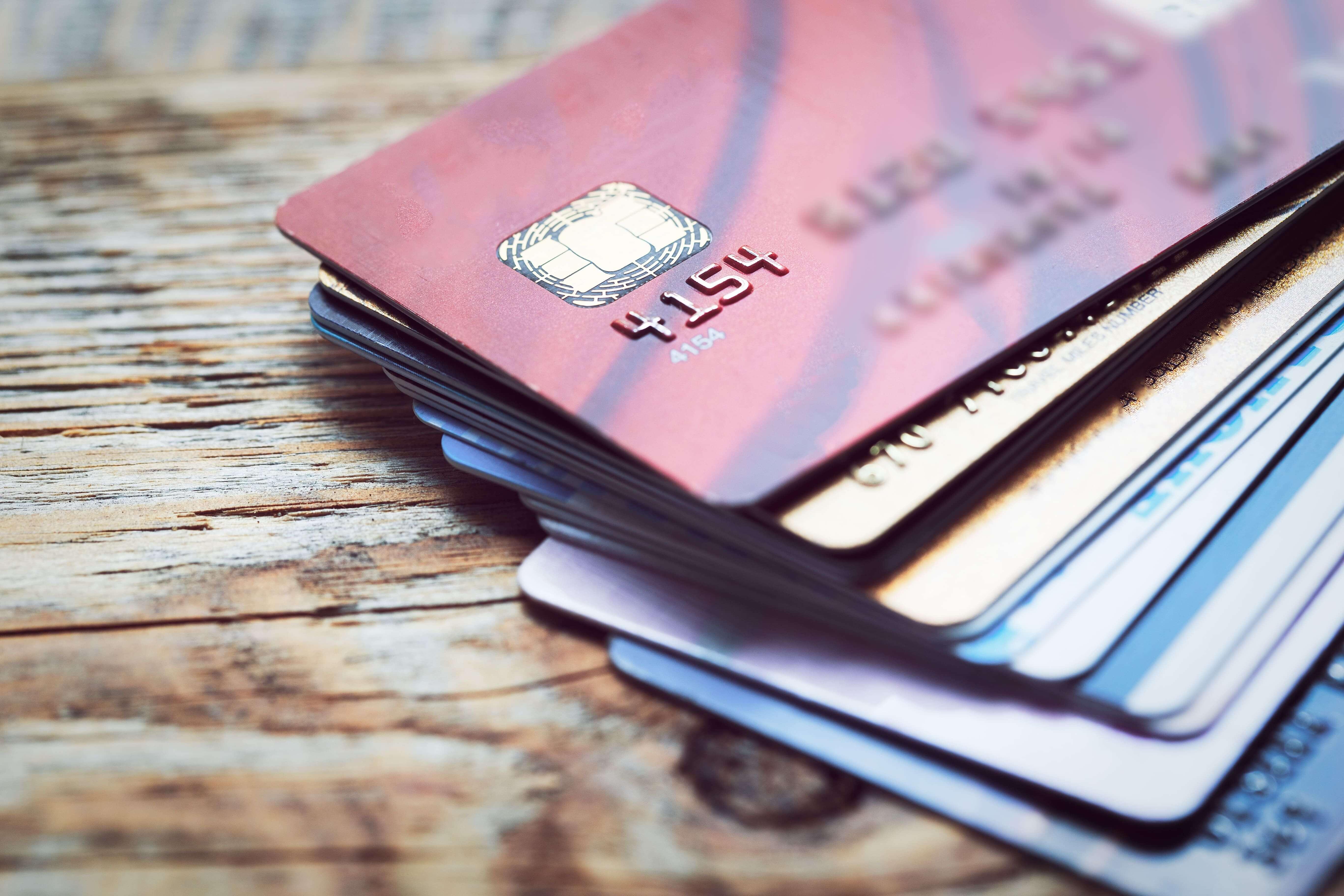 仮想通貨を使ったプリペイドカード!日本と海外の事例を紹介
