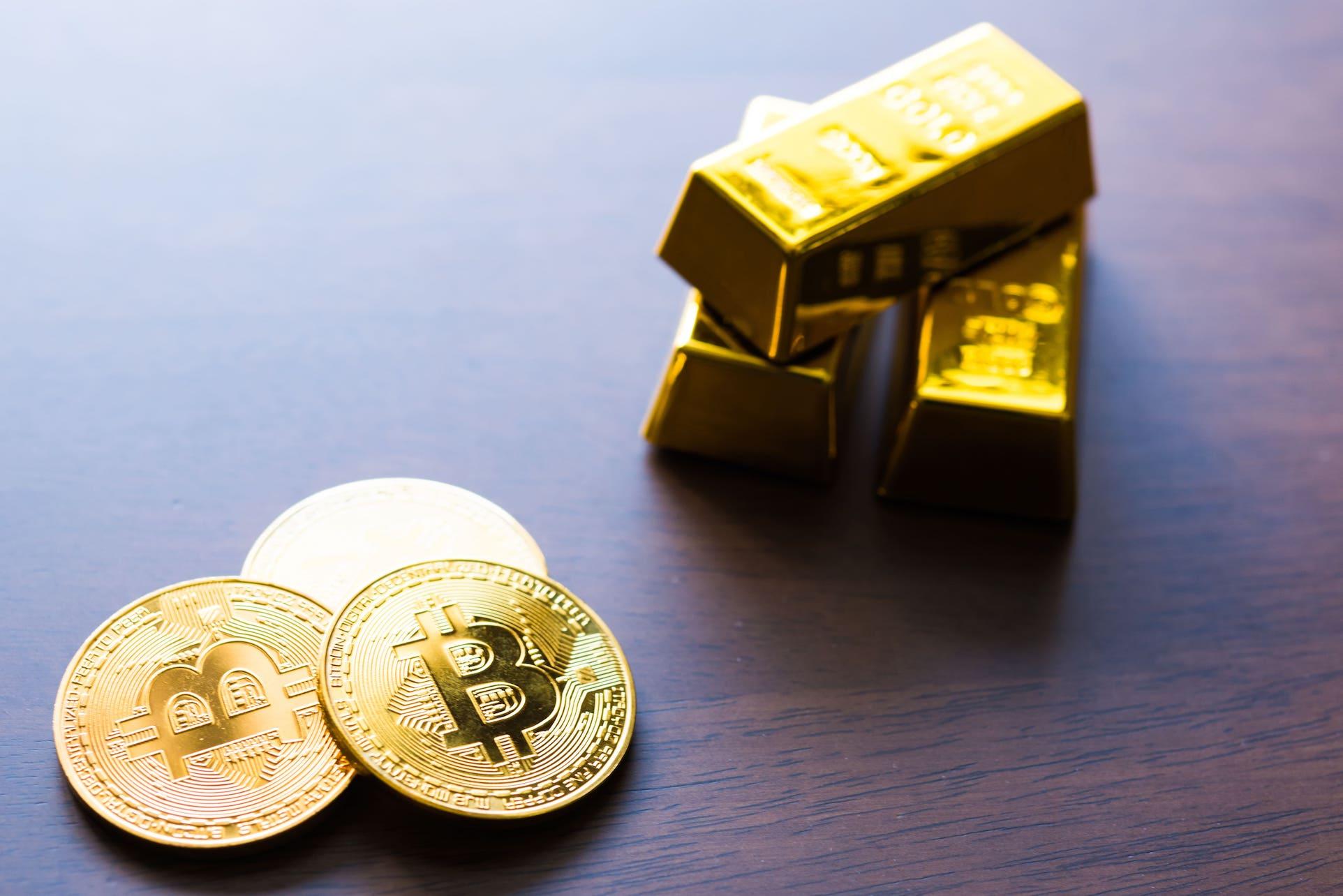 仮想通貨と他の金融商品の比較
